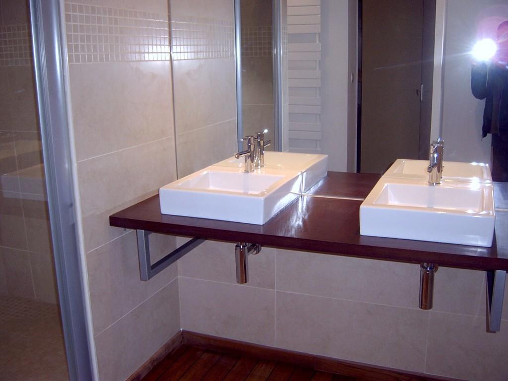 adh morbihan salle de bain grande douche plumelec. Black Bedroom Furniture Sets. Home Design Ideas